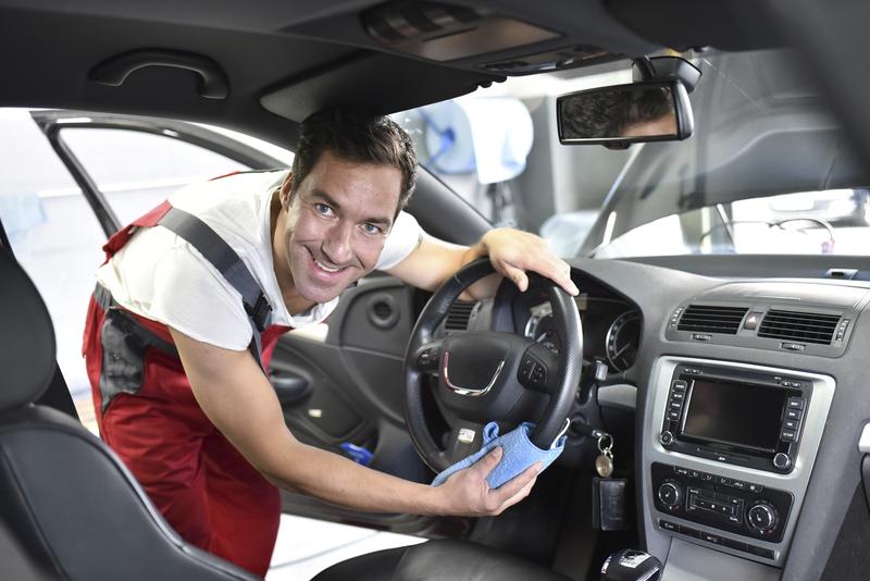 Få køreglæden tilbage med vores professionelle bilpleje